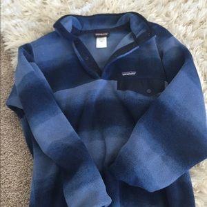 Patagonia Shirts - Patagonia Synchilla pullover